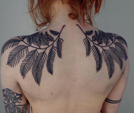 shoulder tattoos black flowers