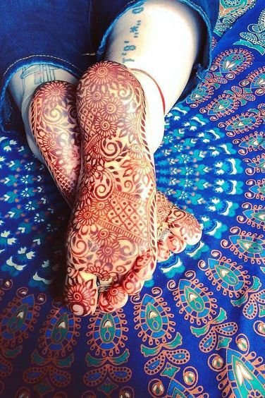 henna tattoo designs on foot